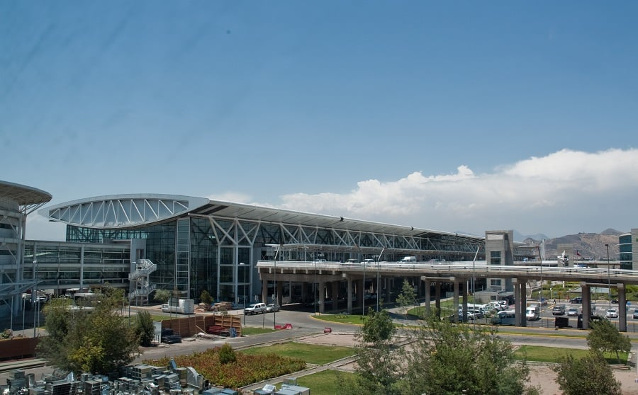 Como ir do Aeroporto Internacional Comodoro ao centro de Santiago do Chile