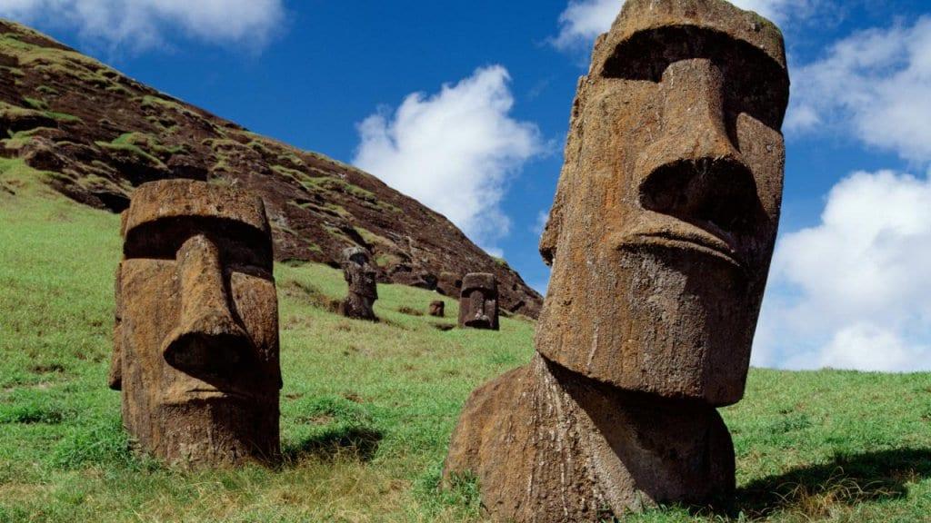 Os famosos Moais da Ilha de Páscoa