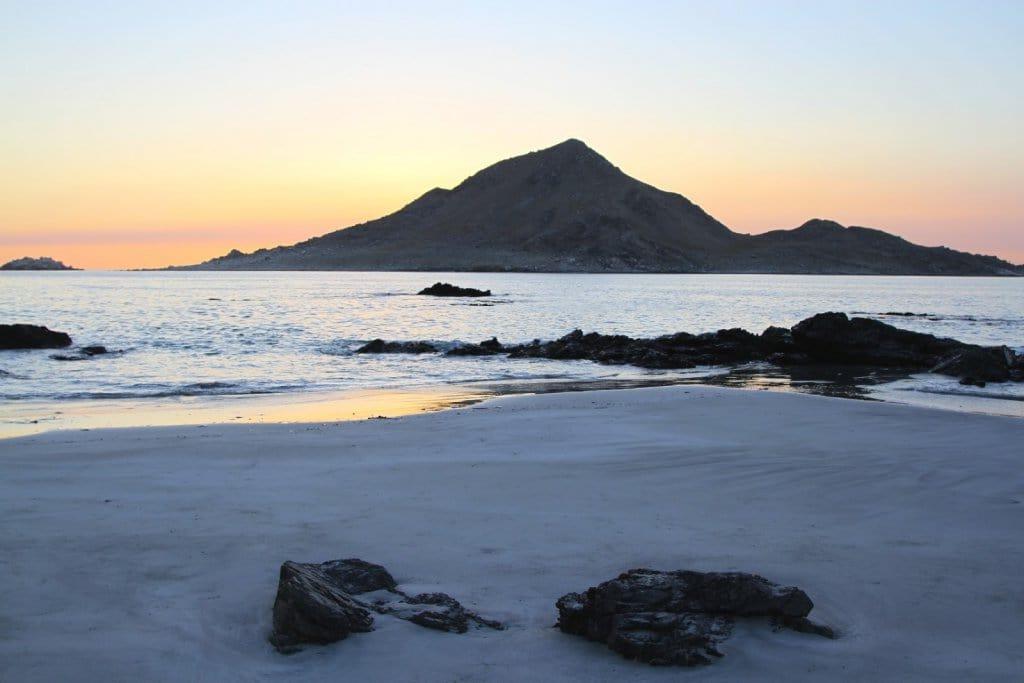 Praia Piqueros no Chile