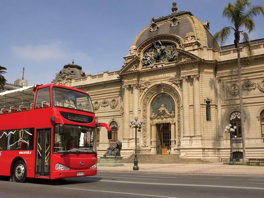 Passeio de ônibus turístico em Santiago do Chile