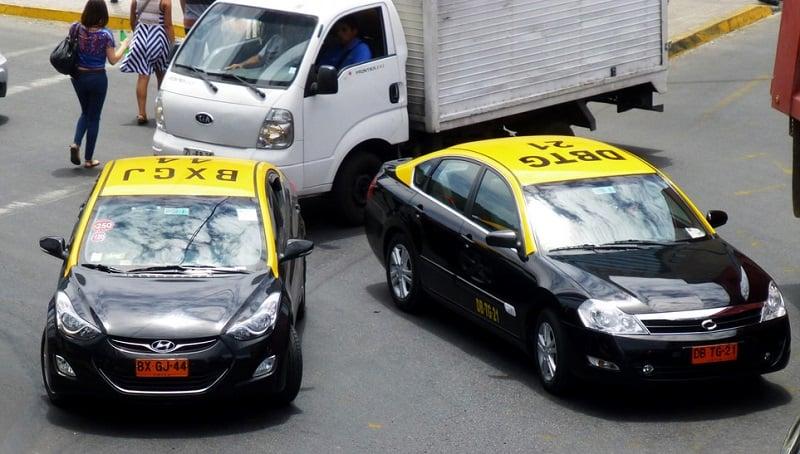 Como andar de táxi em Santiago do Chile