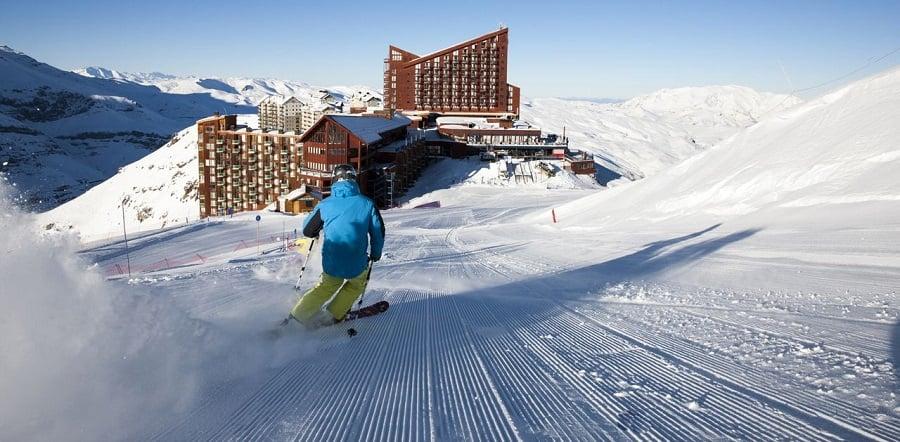 Esquiar no Valle Nevado em Santiago do Chile