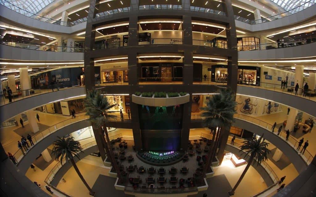 Como é o Shopping Costanera Center em Santiago