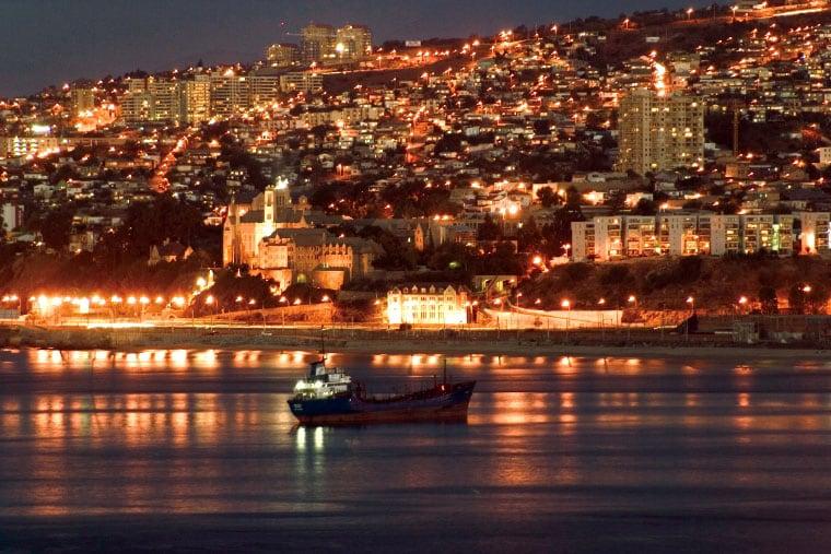 Diferença de fuso horário mês por mês em Valparaíso
