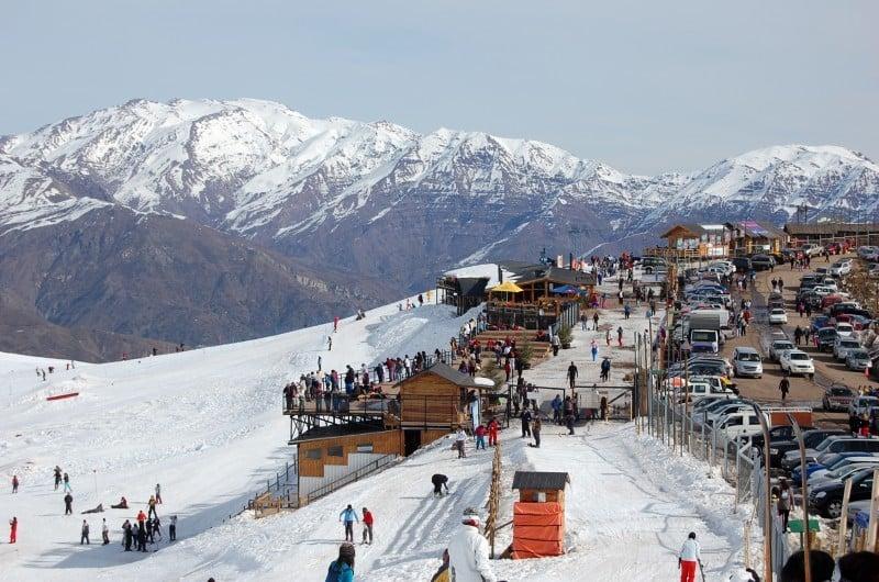 Quando funciona a estação de esqui Farellones?