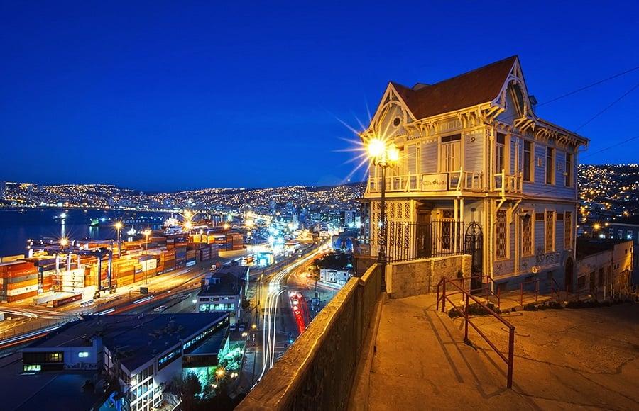 Visitar os Cerros a noite em Valparaíso
