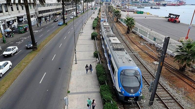 Como ir de Viña del Mar a Valparaíso de metrô