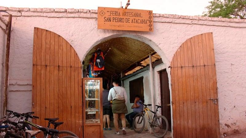 Compras na vila dos artesãos e na feira de artesanatos
