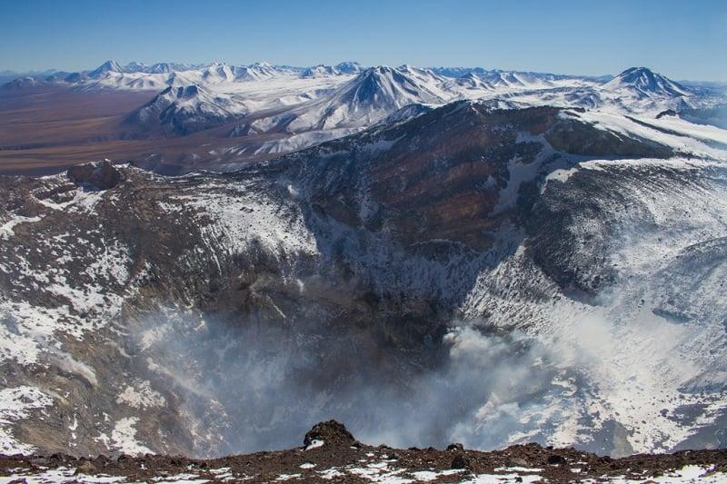 Vulcões ao redor de San Pedro de Atacama no inverno