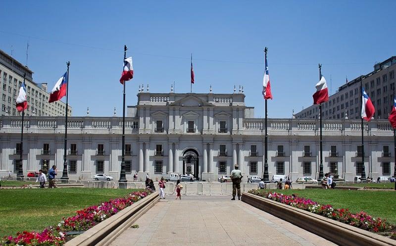 Conhecer o Palácio de La Moneda em Santiago no mês de janeiro