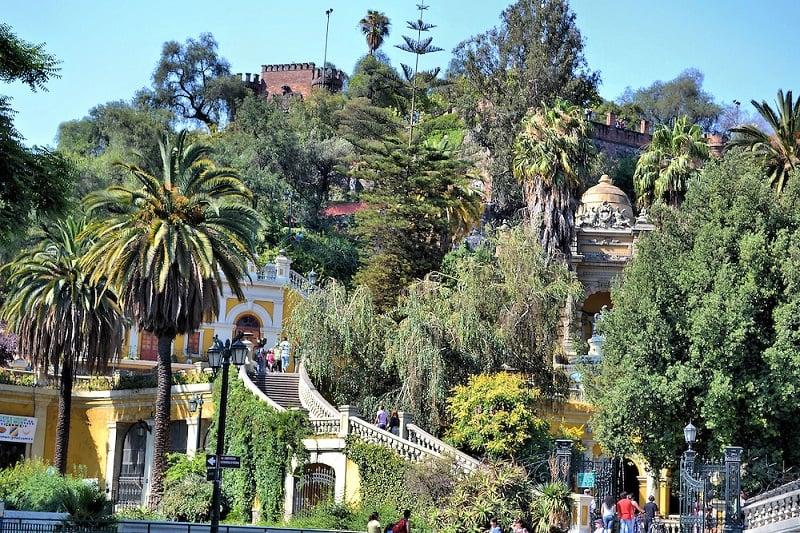 Visitar o Cerro Santa Lucía em Santiago no mês de maio