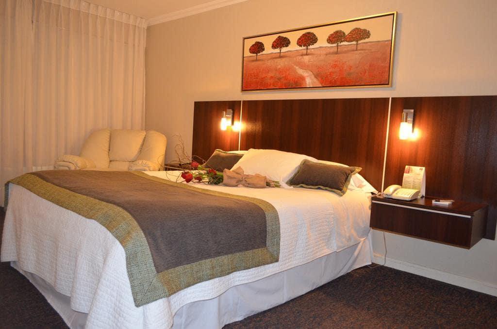 Quarto do Hotel Don Eduardo em Temuco