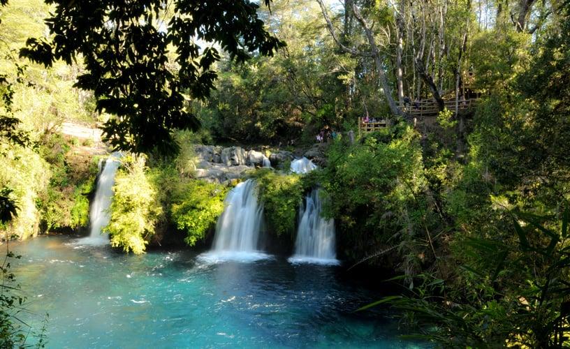 Cachoeira Ojos del Caburgua em Pucón, Chile
