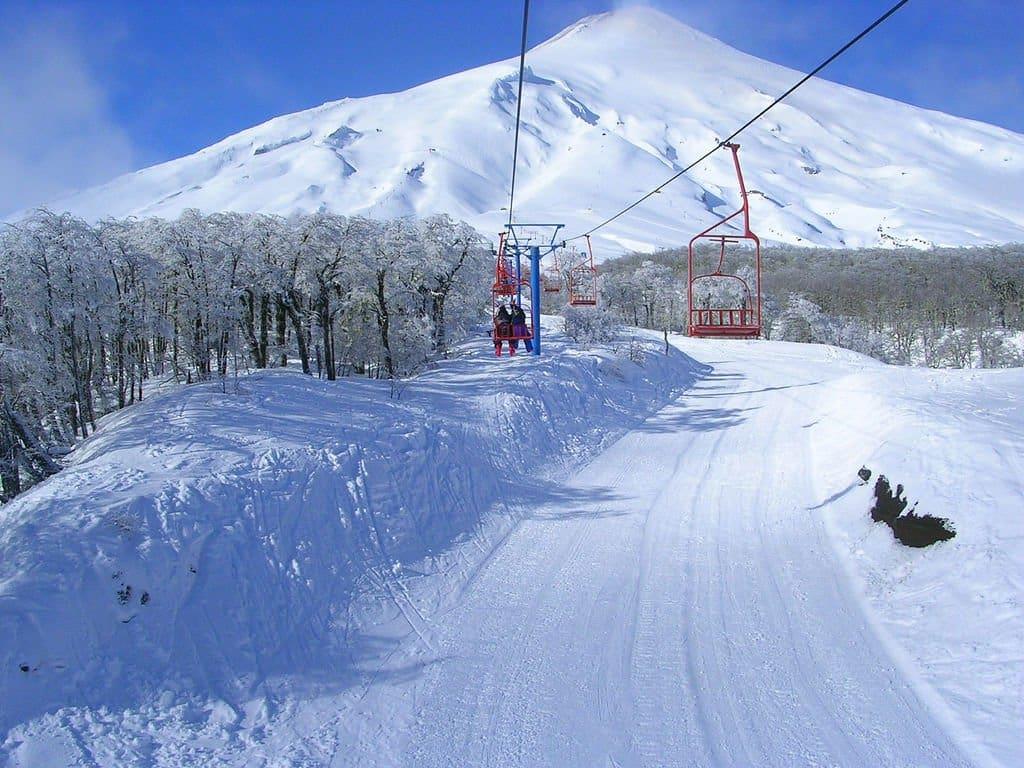 Esqui no Vulcão Villarrica em Pucón, Chile