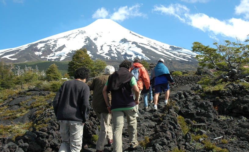 Trekking durante o verão em Pucón, no Chile